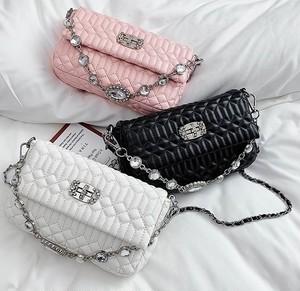 feminine ビジューデザインチェーンバッグ c1098