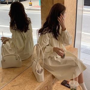 【送料無料】シンプルホワイトワンピース・U10814