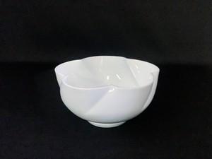 【井上萬二作】白磁花形花器 B