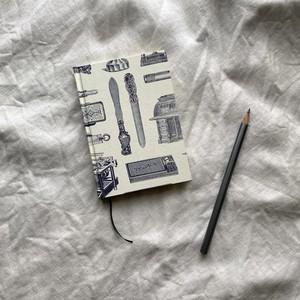 世界のプリントペーパーを使ったノート イタリアの文房具模様