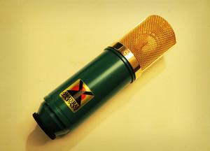 Large-diaphragm Condenser Microphone / AMATERAS 8067