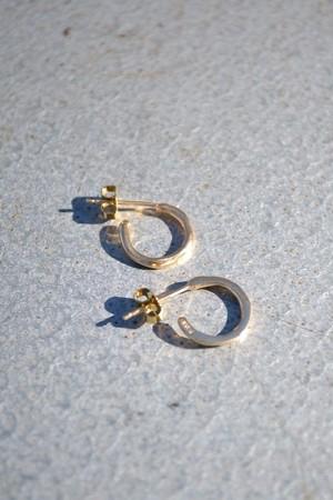 """Vu / """"depth"""" hoop earring - GP"""