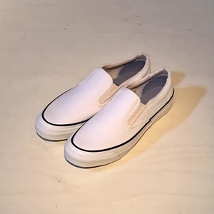 ASAHI DECK SLIP-ON WHITE