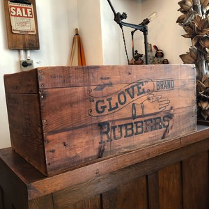Vintage Wooden Box 「Grove Rubbers Brand」