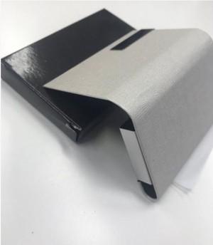 スタイリッシュ 名刺入れ 選べる6色 表面 PU レザー ステンレス おしゃれ カード ホルダー ( グレー ) kcab381