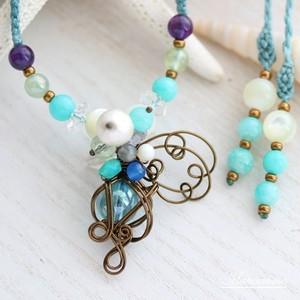 花の妖精(ブルー) マクラメ編みネックレス