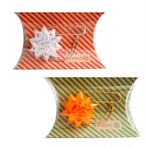 staRef ブローチ:ホワイト / オレンジ