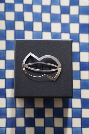 CLINQ / ZORA (Silver-plated / 60×40mm)