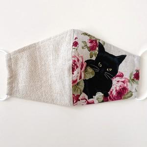 《ノーズワイヤー入り立体マスク》黒猫と薔薇①白×白