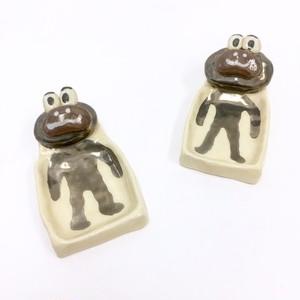 DAISAK / 四角カエル皿