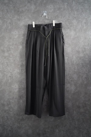 ℃℃℃ wide silhouette 2tuck pants