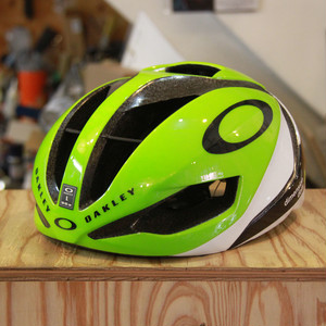 限定 OAKLEY ARO5 (Dimension Data Green)