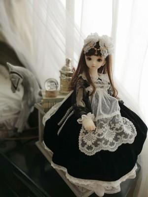 黒ベロアワンピース【40cmドール用】