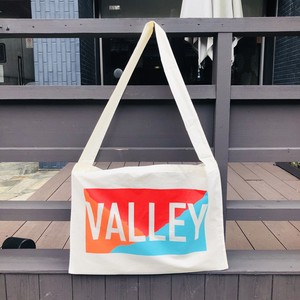 KENT VALLEY - SHOULDER SHEETING BAG (TYPE.1) + ALBUM DL CODE