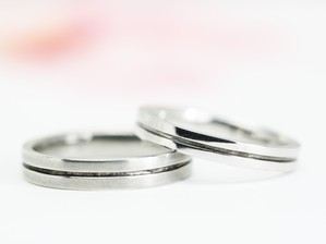センターラインの結婚指輪