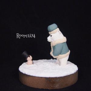 【雪の街】ゆきだるまと出会ったシロクマ