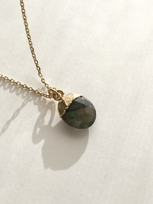 LABRADORITE (AMULET STONE) NECKLACE