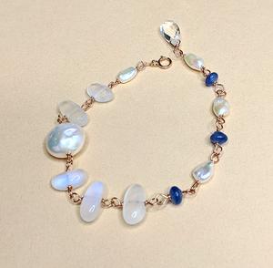 Royal blue moonstone bracelet | MIHO meets RUKUS