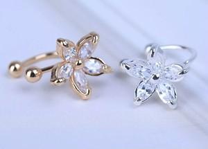 スターフラワーのイヤーカフ☆ゴールド&シルバー 耳に挟むアクセサリー イヤリング イヤークリップ 花 星