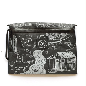 "RIDGE MOUNTAIN GEAR(リッジマウンテンギア)Travel Pouch Plus JUN OSON on the DCF Hybrid ""Trail""(SolidBlack × WhitePrint)"
