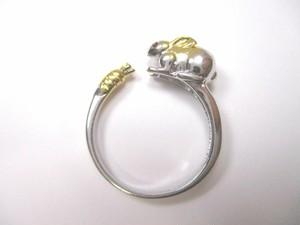 お座りうさぎの指輪 フリーサイズ