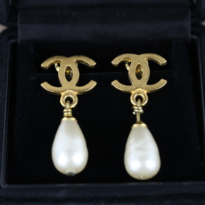 .CHANEL 95P COCO MARC SWING PEAR EAR CLIPS MADE IN FRANCE/シャネルココマークスウィングパールイヤリング 2000000041674