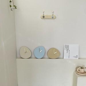 natural mood stone wall clock 3colors / ナチュラルムード ストーン クロック 壁掛け時計 置き時計 小石型 韓国インテリア雑貨