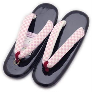 草履 やさしい履きごこち 小判型(LL寸:黒台:ピンク市松柄) [210735]
