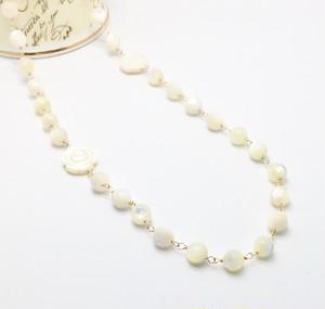 ★アンテグレール★白蝶貝の薔薇のネックレス(K14GF)