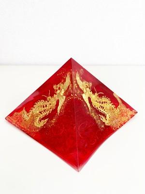 【フェニックス】黄金比ピラミッド型オルゴナイト(13cm)