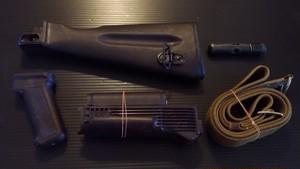 実物 AK-74 プラムカラー ストックセット おまけ付!