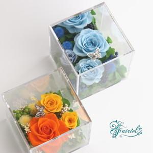 キューブボックスに咲く花のオードブル【プリズム・エアー】