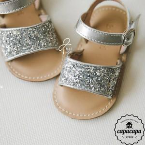 «sold out» glitter sandal グリッターサンダル