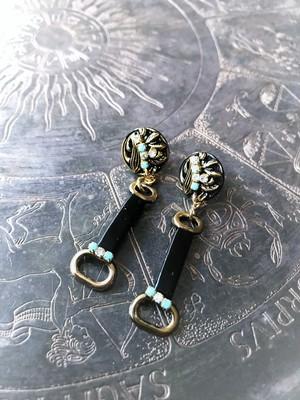 ホースビットピアス vintage earrings horse bit <PE8 -L19>