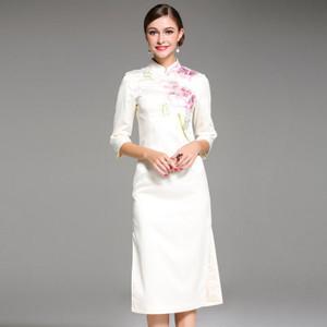 【送料無料】花柄 刺繍 チャイナドレス風 7分袖 上品 結婚式 ワンピース 全2色