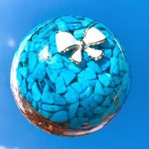ドーム型オルゴナイト・206《6cm》~旅の御守り石・人生の守護石・友情を強める、「視力」「肝臓」をサポート~
