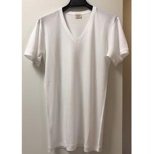 【SoftSeam Vネック Tシャツ】
