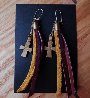 Handmade エチオピアピアス -shooting stars- yellow&purple