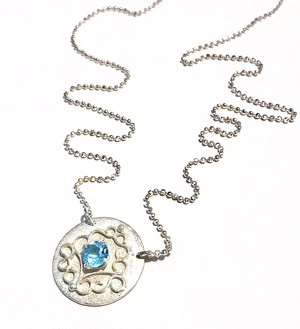 Victoria Necklace  ヴィクトリア・ネックレス