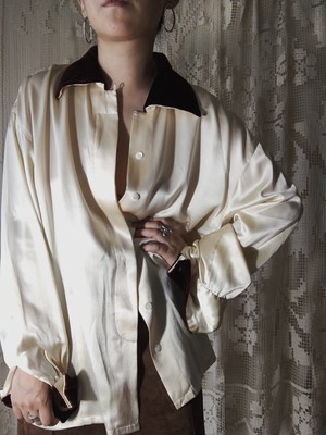 Silk × Velvet Blouse