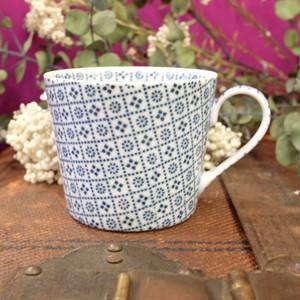 丸直製陶所 マグカップ [花格子](藍)