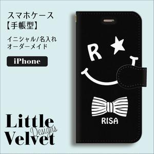 スマイル柄*お名前ロゴ入り 手帳型iPhoneケース [PC710BK] ブラック