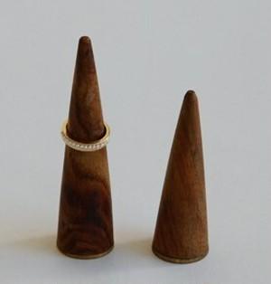 木製リングスタンド重し付き サイズ2種類各3個入り SI-308590