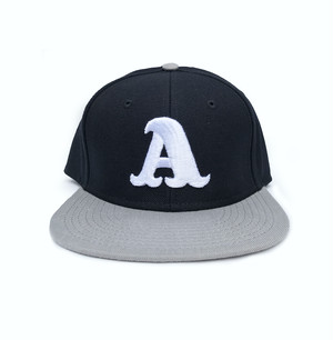 """A""logo SnapBack cap ブラック x シルバー"
