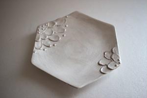 野田里美|銀花皿 六角 (対角花弁)