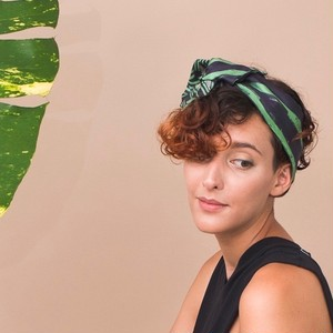残り1点!Silk 'Westminster' green ヘッドスカーフ/ミニスカーフ