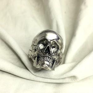 LMR89 Secret Heart Skull L
