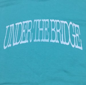 UNDERTHEBRIDGE Tシャツ
