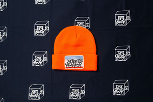 HELLO ORANGE KNIT CAP