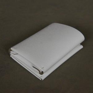 三つ折り財布 ドイツ製型押しカーフ